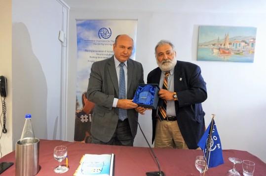 Τζανέτος ΦΙΛΙΠΠΑΚΟΣ - Βράβευση από τον ΔΟΜ στην Κρήτη (3)