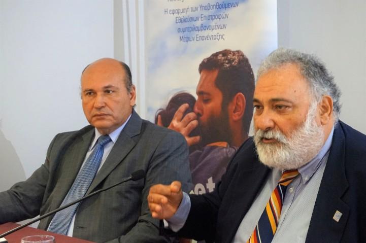 Τζανέτος ΦΙΛΙΠΠΑΚΟΣ - Βράβευση από τον ΔΟΜ στην Κρήτη (1)